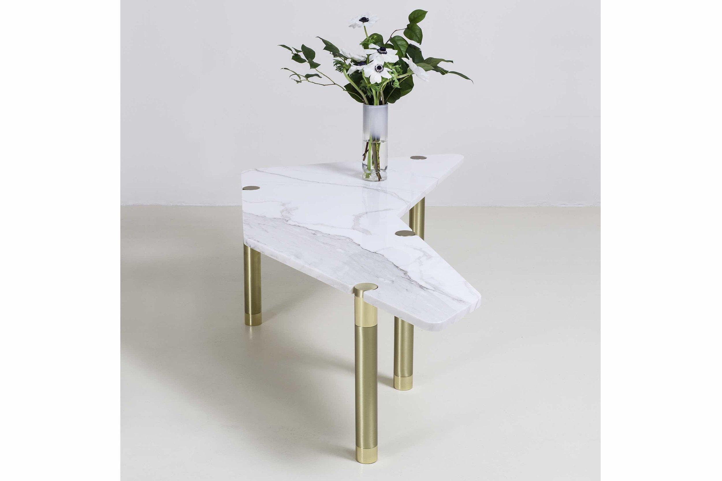 Avram_Rusu_Nova_Boomerang_Coffee_Table_5.jpeg