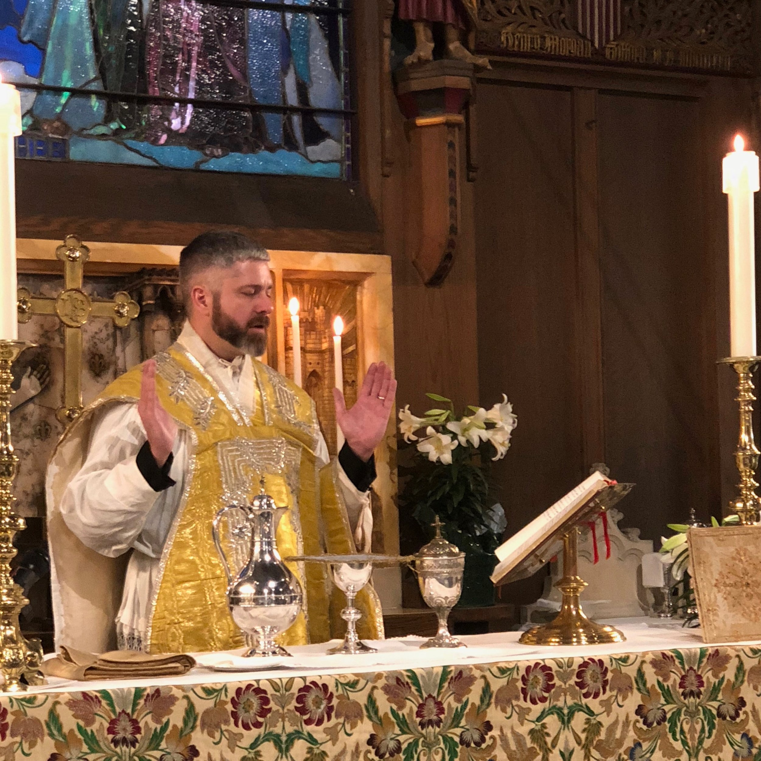 Easter Sunday 2018 eucharist closeup.jpg