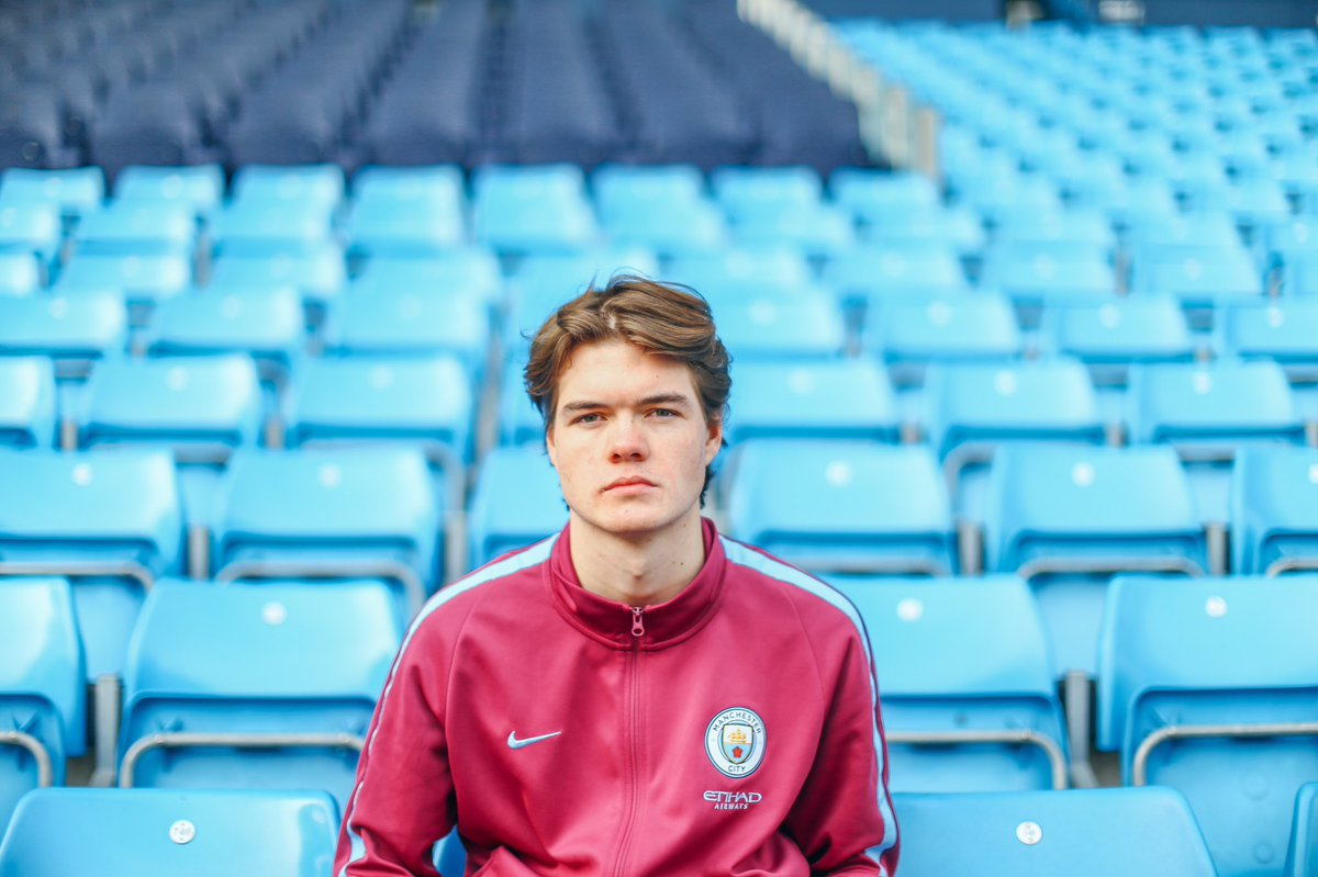 "Marcus ""ExpectSporting"" Jorgensen Manchester City's EA Sports FIFA pro. Image via his Twitter  @Marcuzo45"