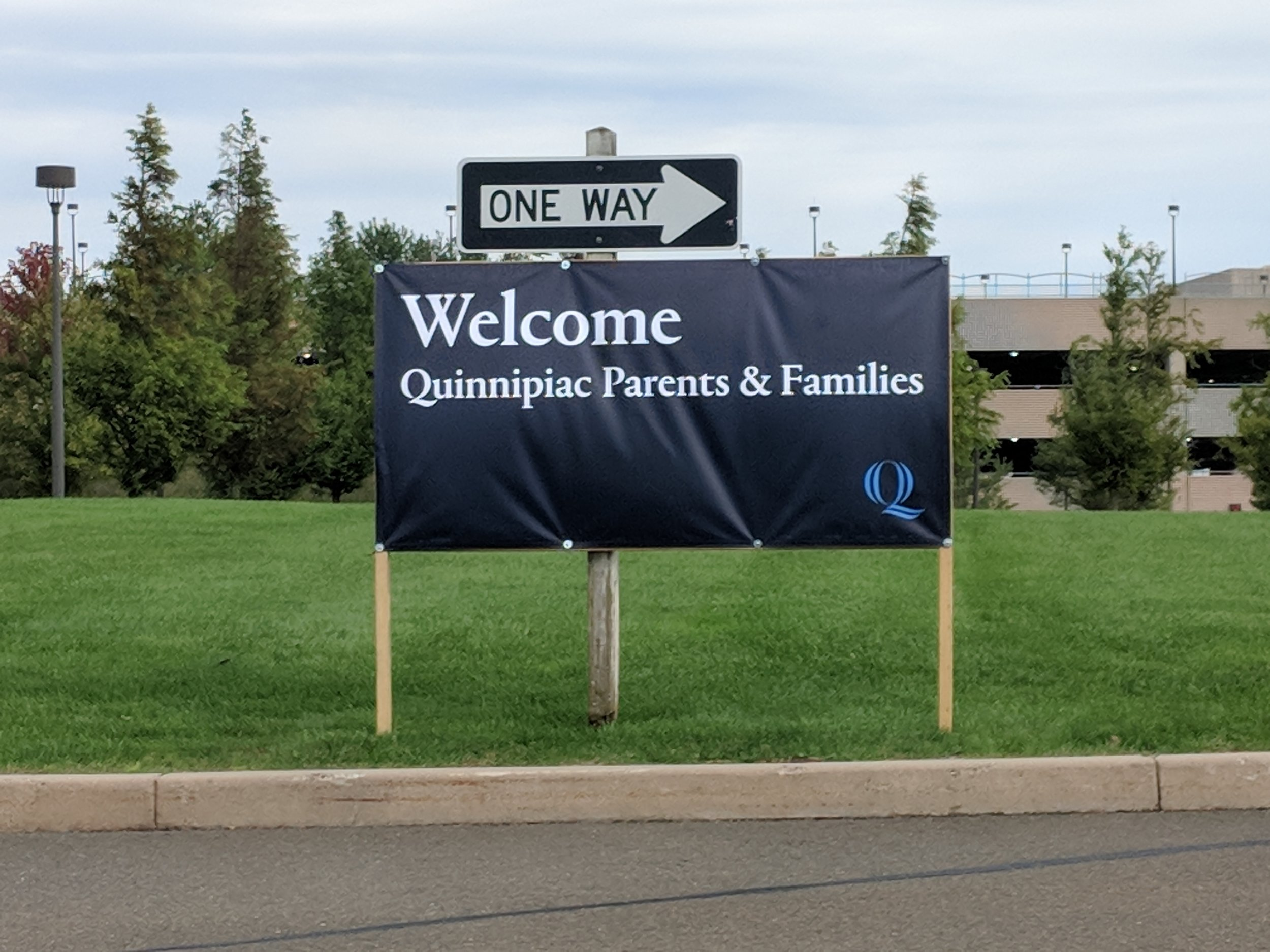 Sign Welcoming parents to the York Hill Campus