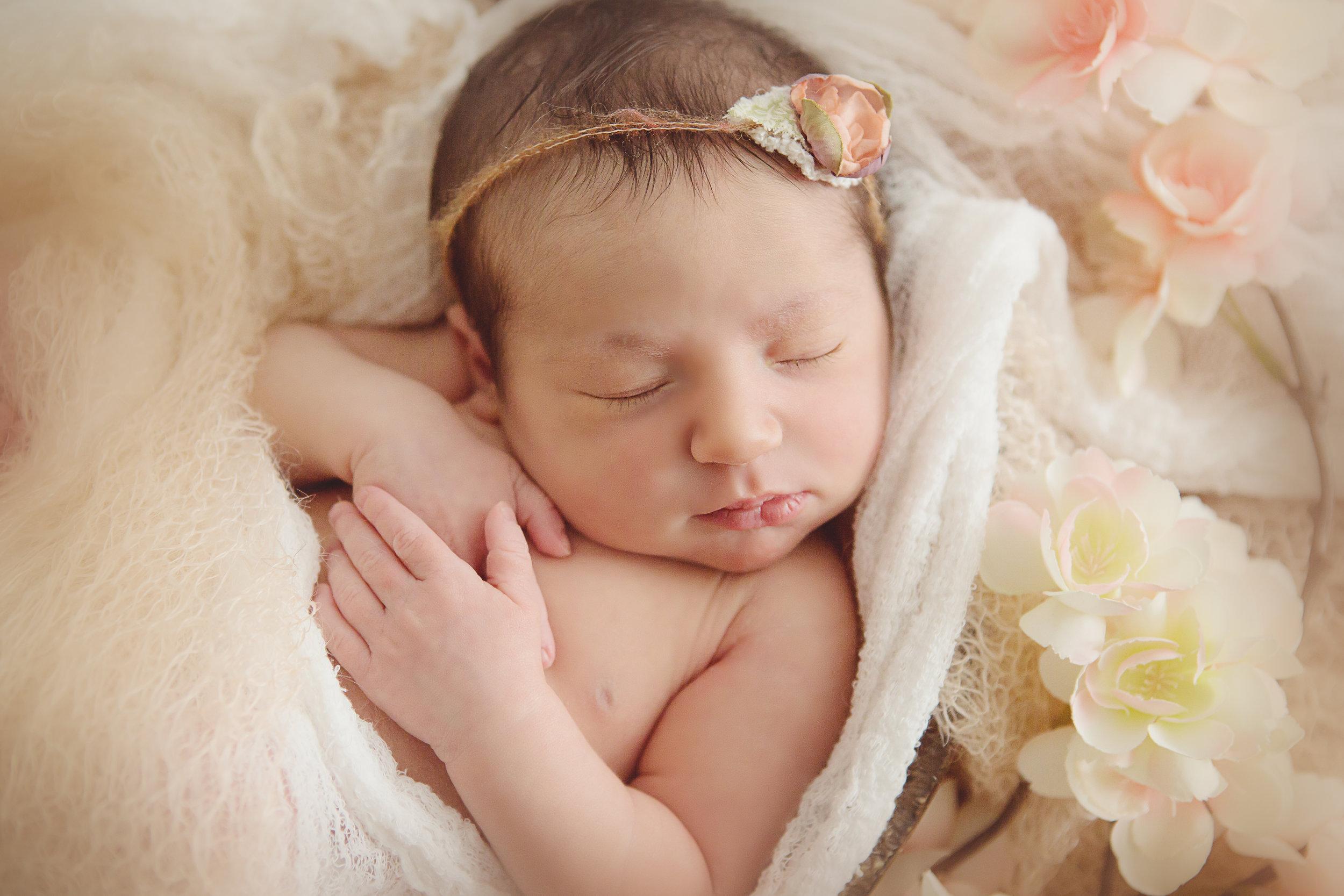 Amanda-newborn-BMP-9.jpg