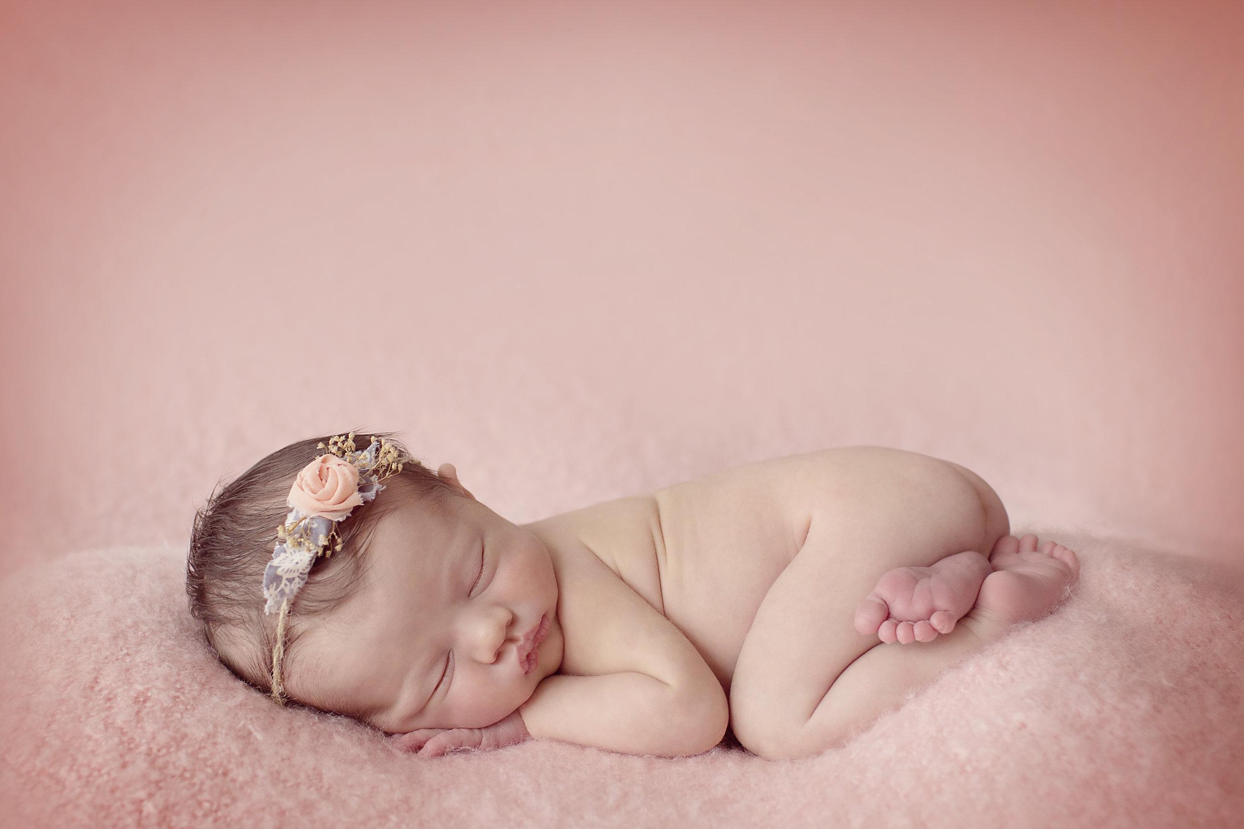 biancamorellophotography-newborn-1.jpg