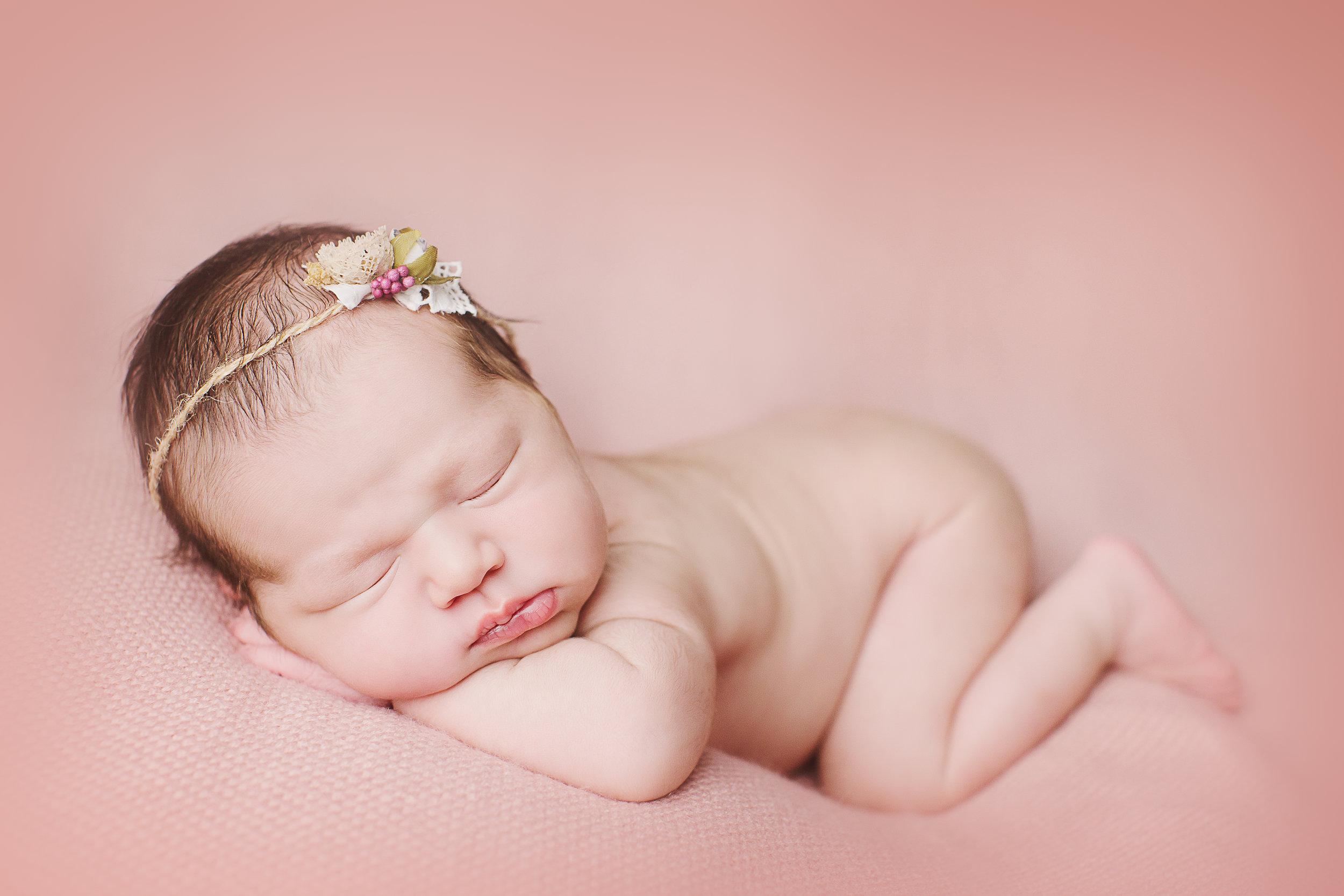 biancamorellophotography-vanessaL-newborn-17.jpg
