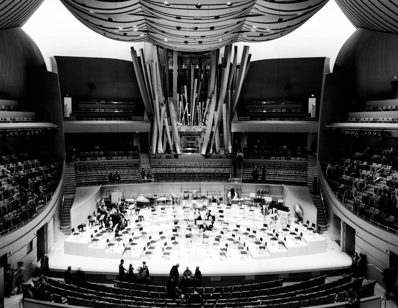 14. Walt Disney Concert Hall.jpg