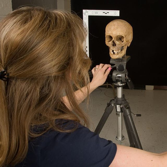 """Here's the first of several posts showing how to photograph a skull. It's not as simple as you'd think! You have to make sure the skull is aligned on the Frankfort Horizontal Plane. The """"Frankfort"""" (swipe for image) is the anthropological standard that approximates the position that the head is held in life. The top of the ear opening (external auditory meatus) should align with the bottom of the eye orbit in all views, not just from the side. That can be tricky, because skulls come in all shapes and sizes, and you need it to be secure, but free enough to move around in different positions. Look for the next few posts where I'll show the rest of the tutorial! . . . . #tutorial  #skulltutorial #askaforensicartisttutorial #facialapproximation #skull #humanskull #forensics #forensicart #forensicartist #forensicscience #skullartist #iloveskulls #womeninstem #womeninscience #artcareer #artscience #morbidart #truecrime #anatomy #anthropology #art #didyouknow #skullart"""