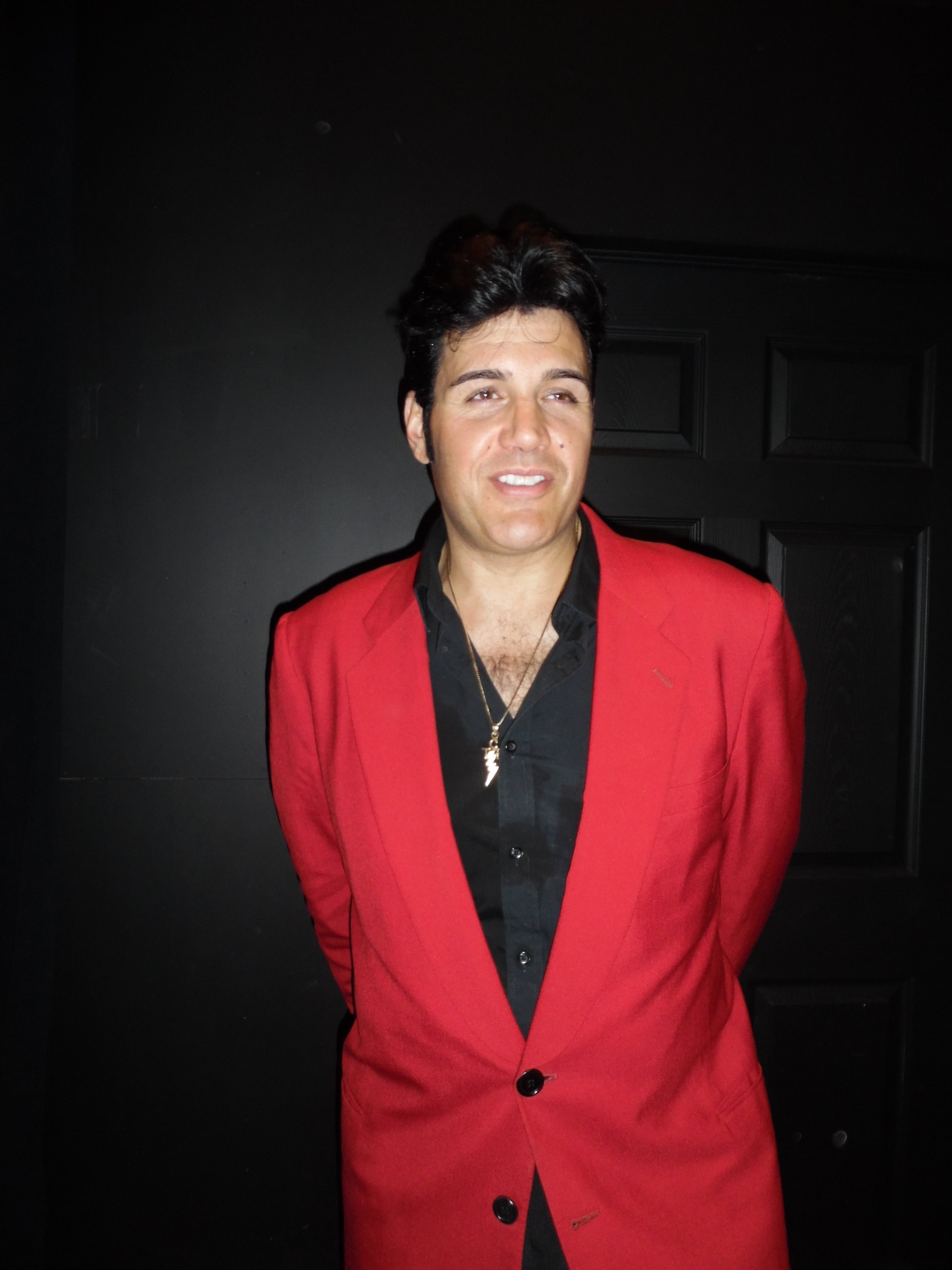 ETA  Gino Monopoli  takes time for a photo after his first set, Wednesday, January 17th, 2018.