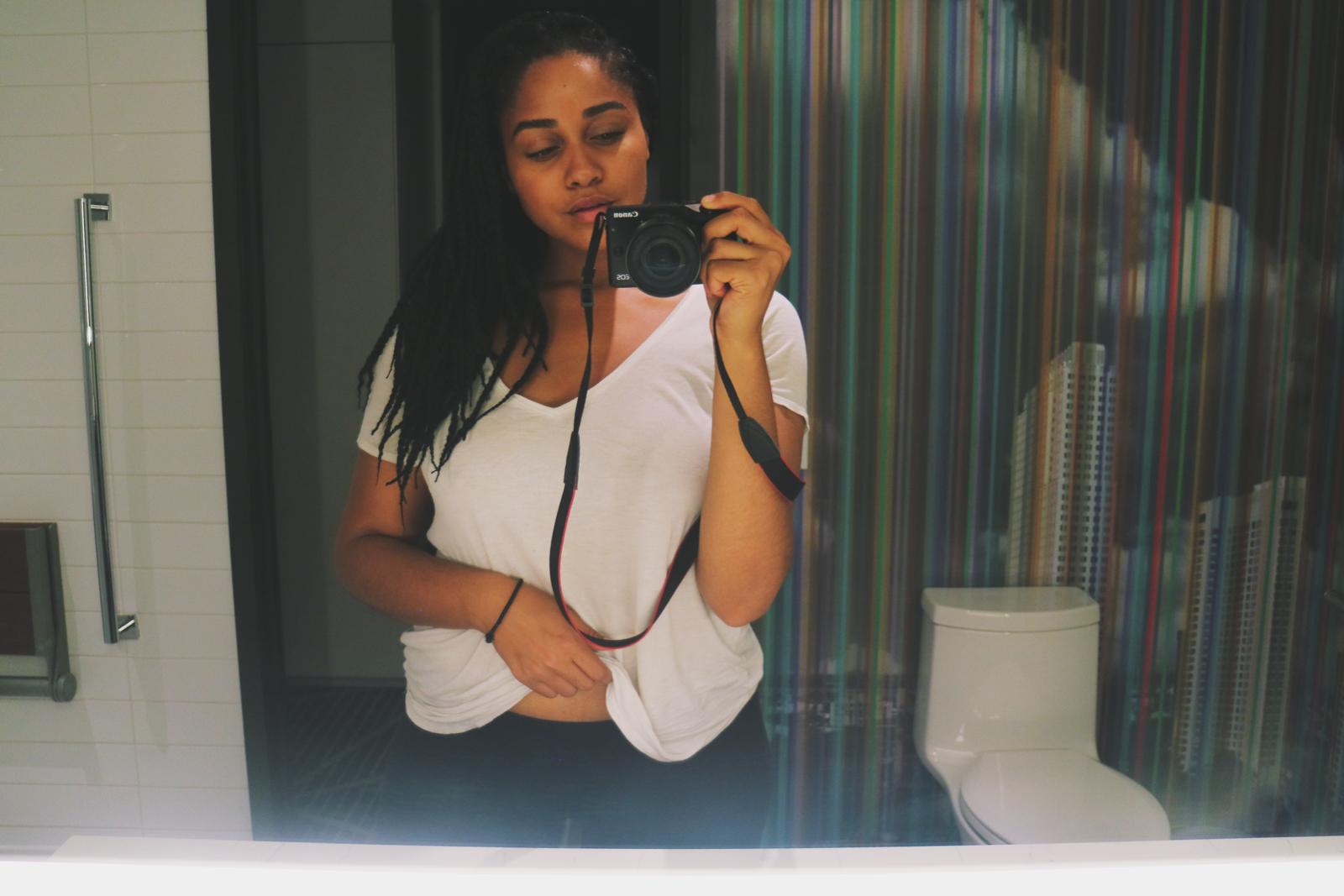 Elaisha Jade Renaissance Montreal Downtown Hotel bathroom