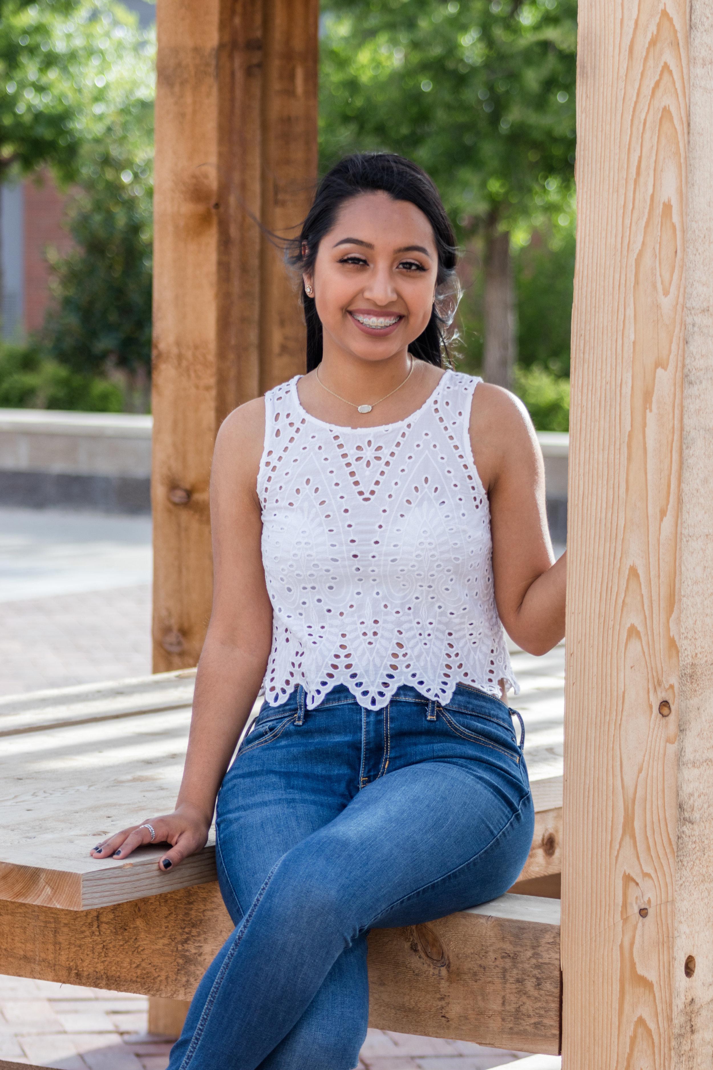 #48 Isabel *Aiyana* Cayetano - VP of Program Development   Fall 2017 - Zeta Line  Nationality: Mexican  Major: Biology