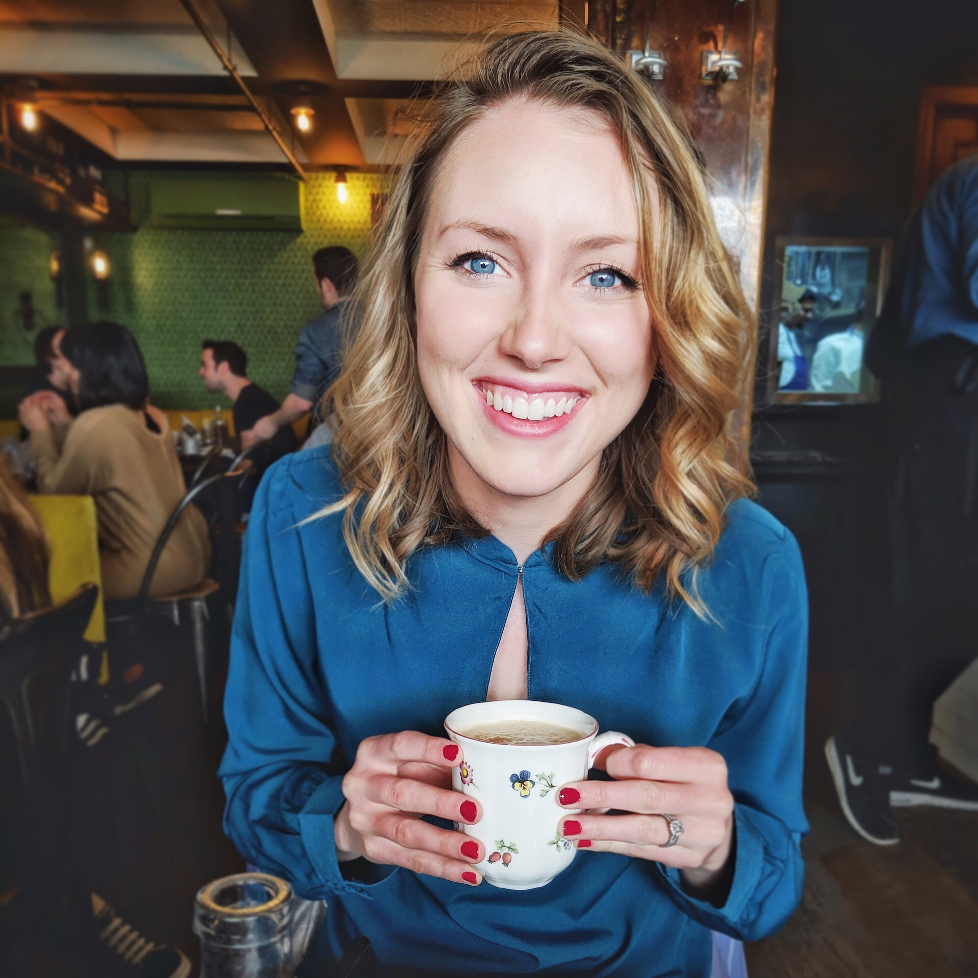 5 Food Lessons A European Adventure Taught This Southern Gal | Cheers Years Blog #paris #cafe
