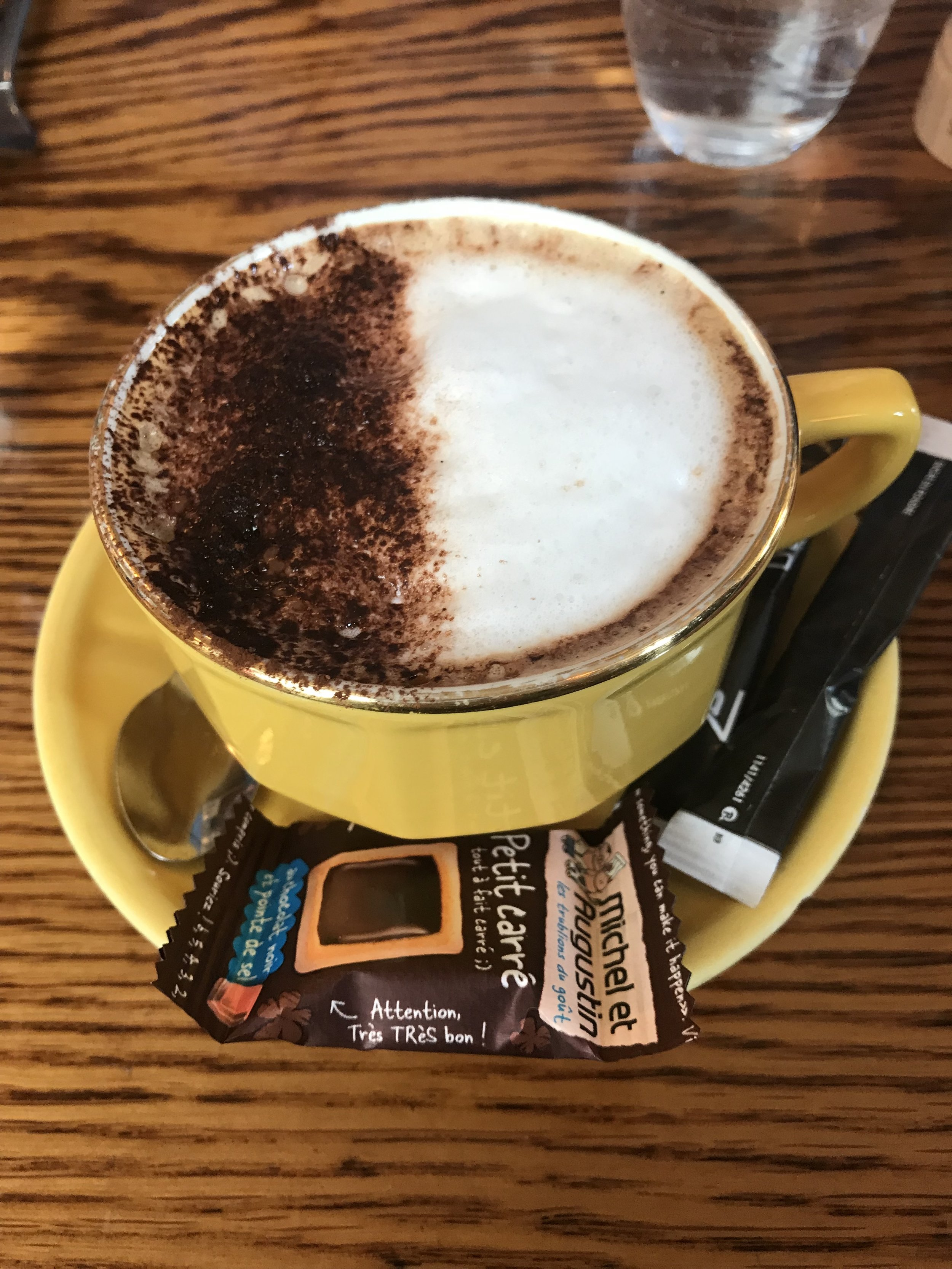 Cappuccino with sweet cookie treat | #Paris Cheers Years Blog