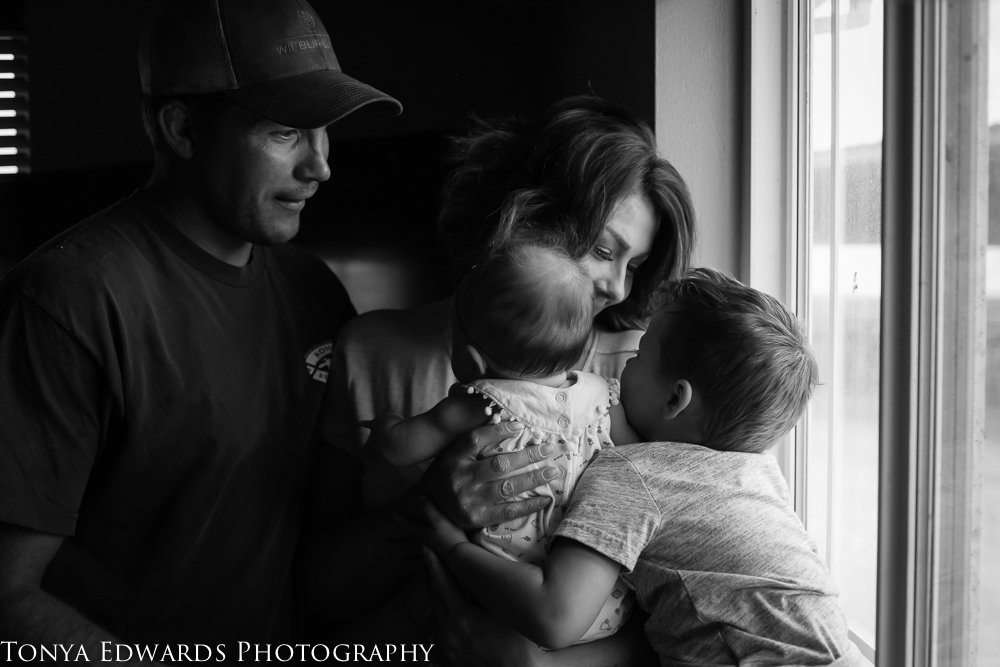 Tonya Edwards | Lifestyle Family Photographer | family of four in their home photography