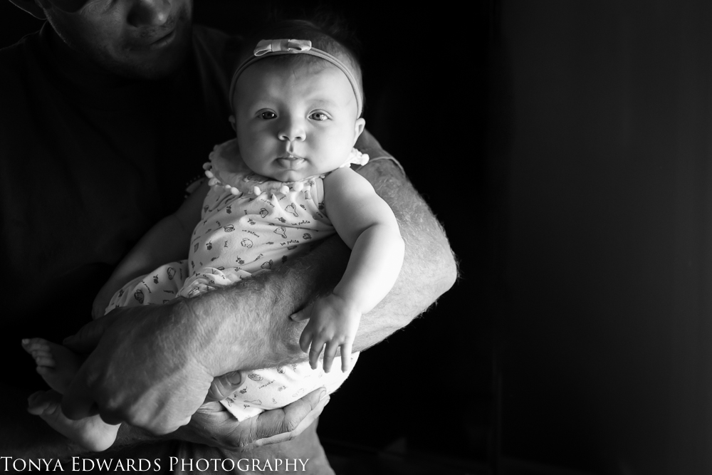 Tonya Edwards | Lifestyle Family Photographer | sweet baby girl in daddy's arms