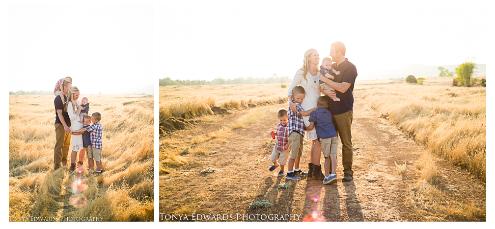 Tonya Edwards | Oroville Family Photographer | what to wear fall family photography