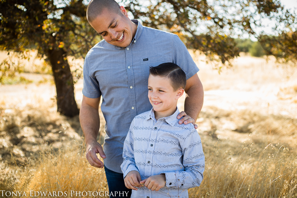 Tonya Edwards   Oroville Family Photographer   father and son