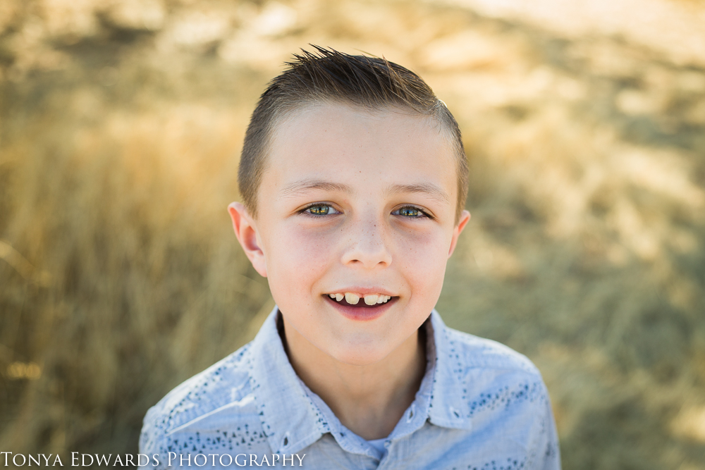 Tonya Edwards   Oroville Family Photography   little boy with beautiful eyes