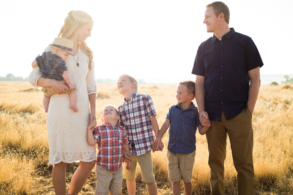 Tonya Edwards | Oroville Photographer | golden hour family session