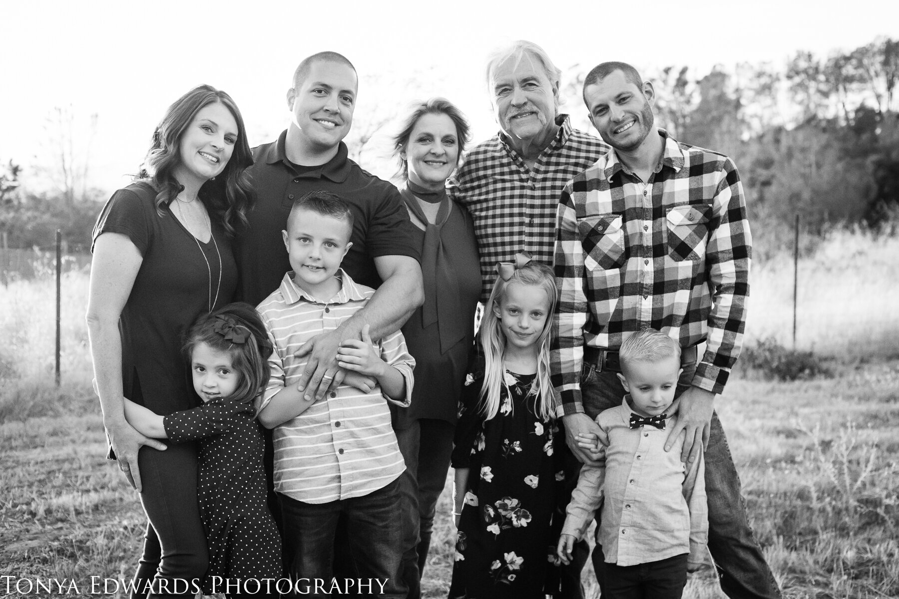 Tonya Edwards | Oroville Family Photographer | extended family session