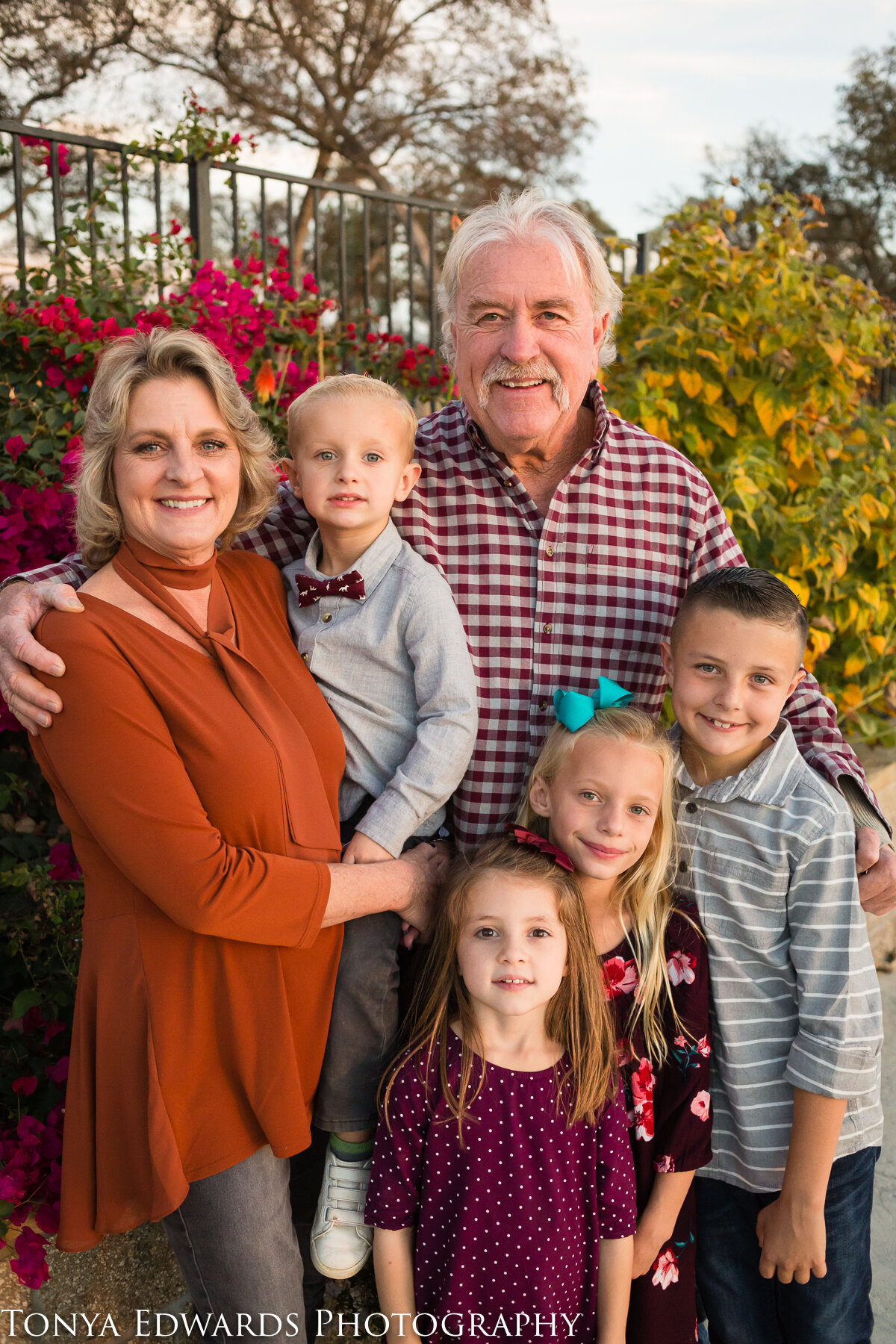 Tonya Edwards | Oroville Family Photographer | grandparents and grandchildren