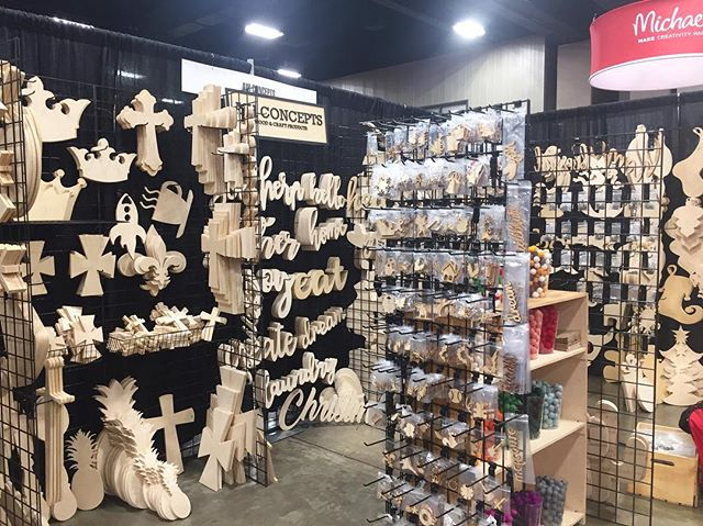We're at @pinnersconf today and tomorrow in Arlington, Texas. Swing by and come check out our booth! #pinnersconf #pinnersconference #wood #woodworking #lasercutwood #diyhomedecor