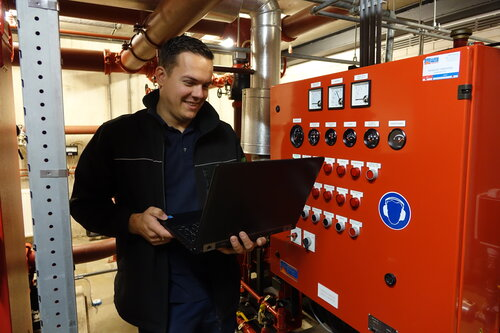 leidinggevend-monteur-kropman-groene-installateur-werken-bij