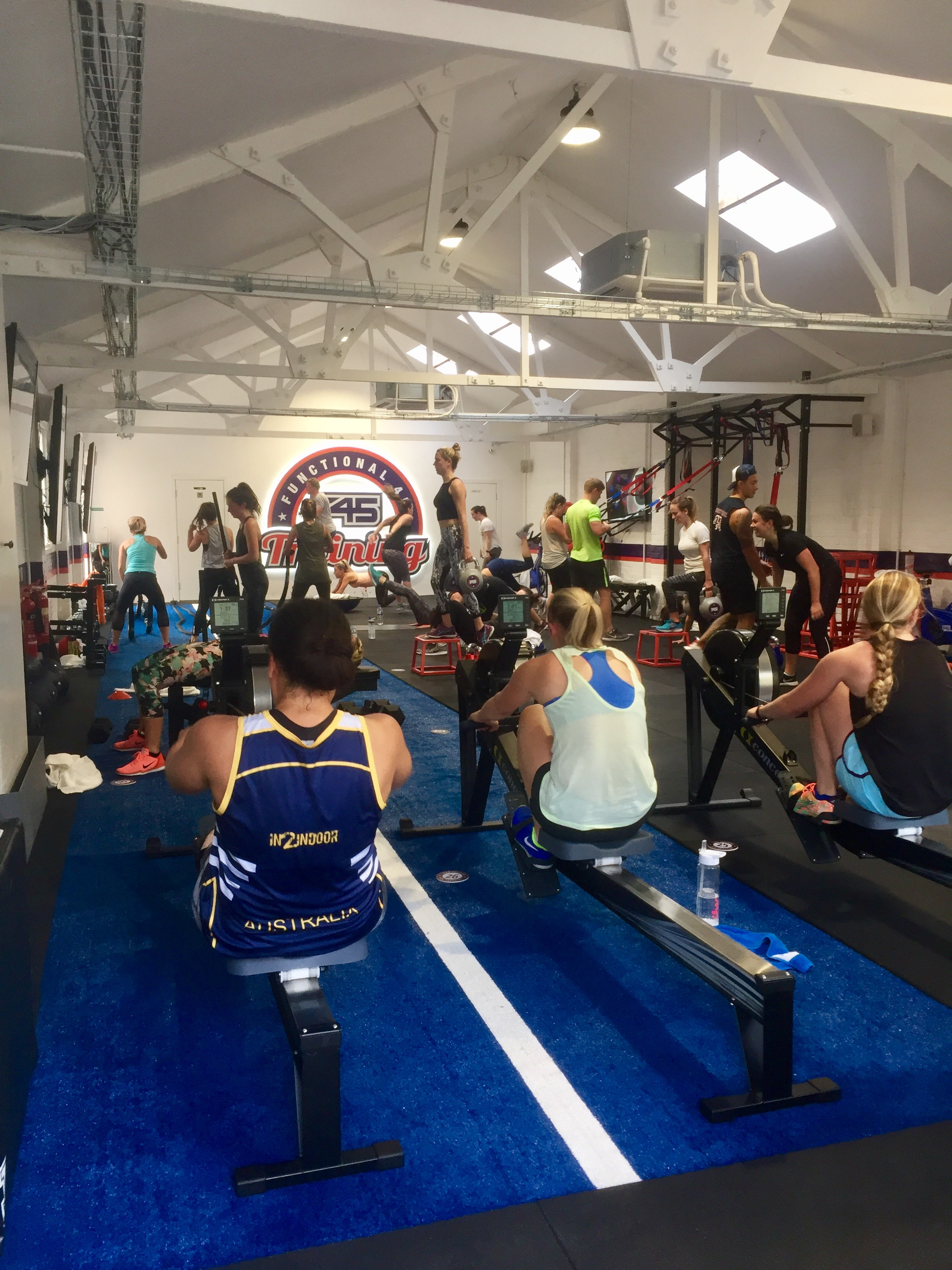 I MOVE ME Hollywood Class F45 Wandsworth London Gym Studio.jpg