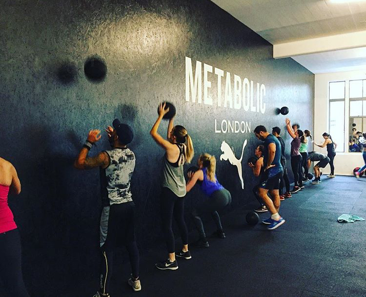 I MOVE ME METABOLIC LONDON BOUTIQUE FITNESS STUDIO WALL BALLS SIGNATURE CLASS