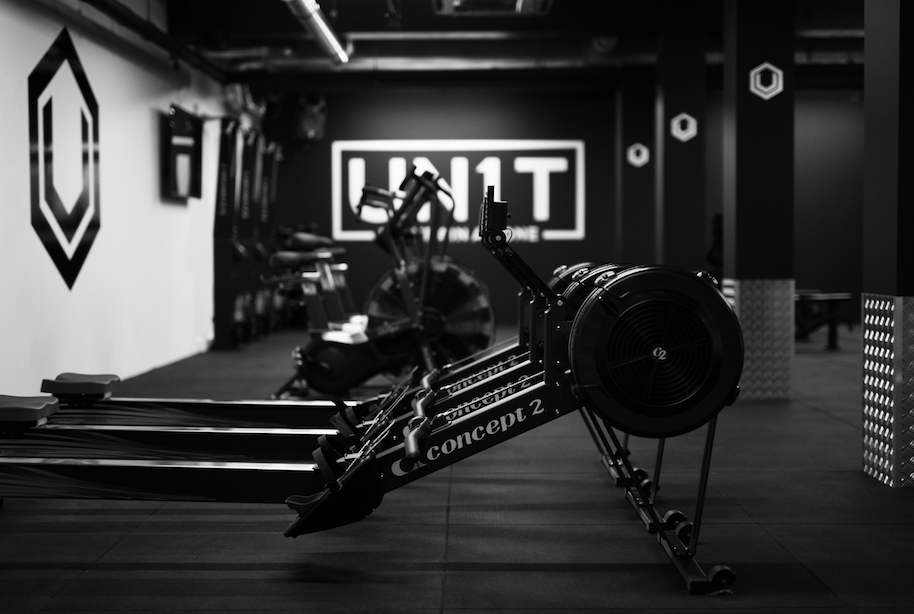 I MOVE ME TROOPER UN1T FULHAM LONDON BOUTIQUE FITNESS STUDIO ROWER