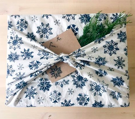 Wow - so lovely. This snowflake Furoshiki is from  @rethinkGiftWraps