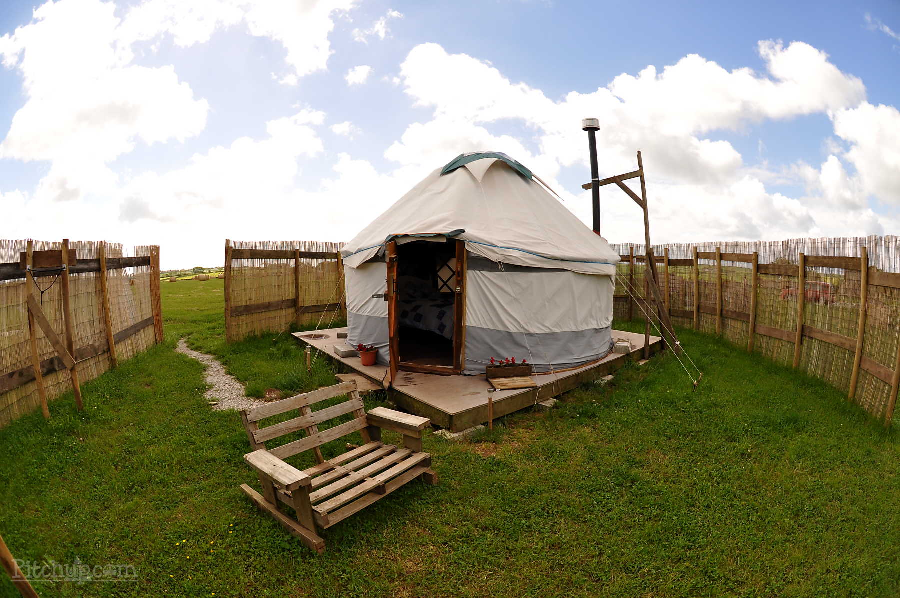 west-kellow-yurts-3.jpg