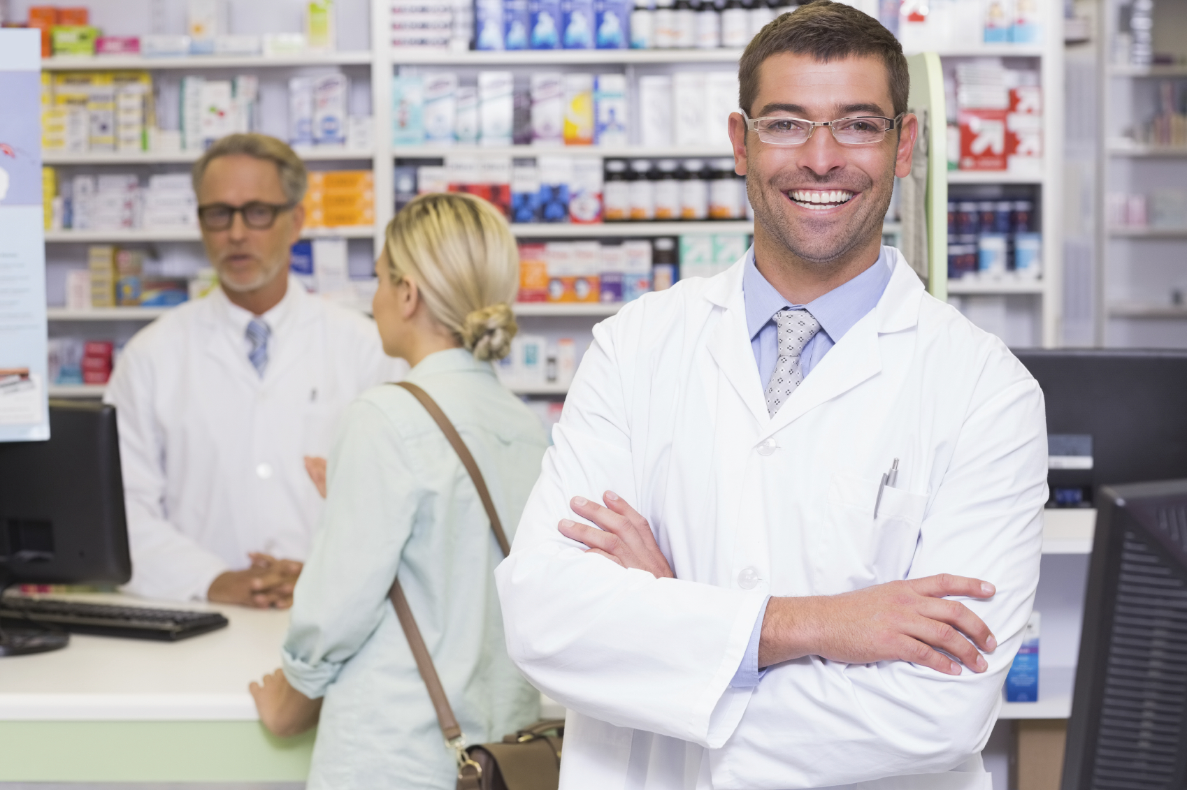 iStock_000063298009_Medium Male Pharmacist.jpg