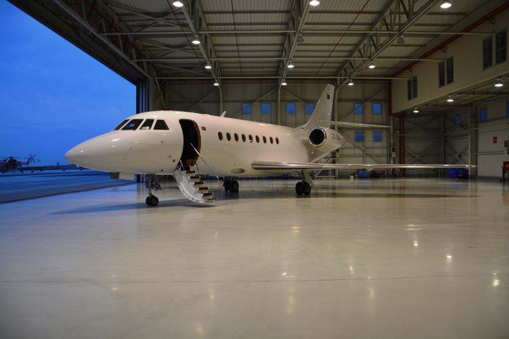 2006 Falcon 2000 Exterior 3