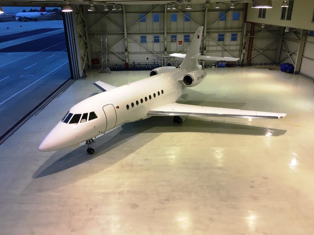 2006 Falcon 2000 Exterior 6