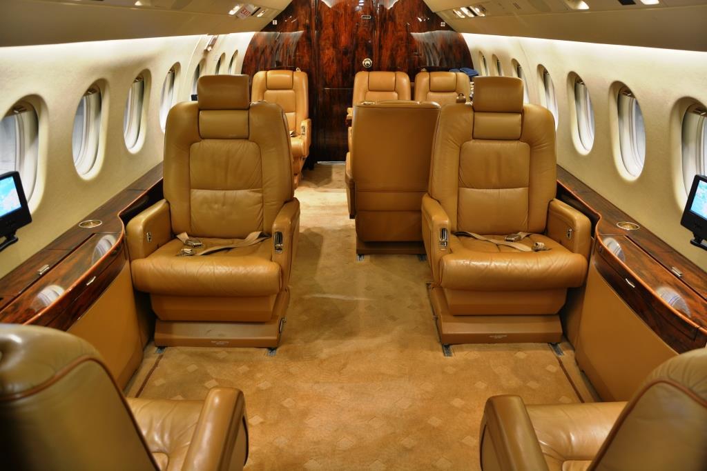 2006 Falcon 2000 Interior 3