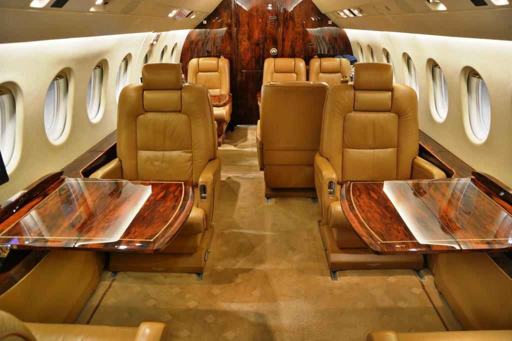 2006 Falcon 2000 Interior 4