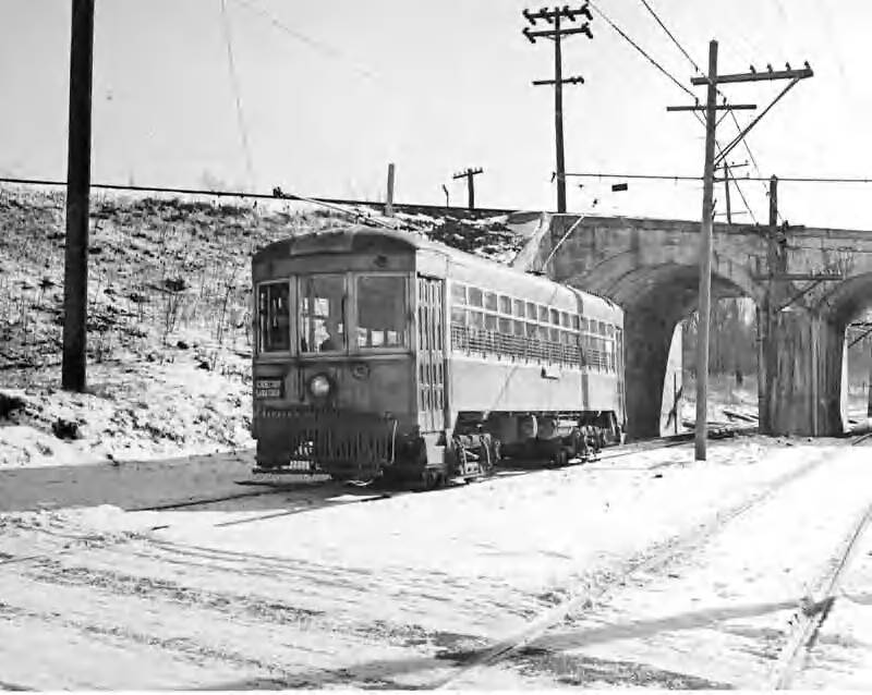 The Schenectady - Saratoga Trolley Line at the north end of Bruce Drive and Glenridge Road, courtesy of www.ginosrailpage.com/