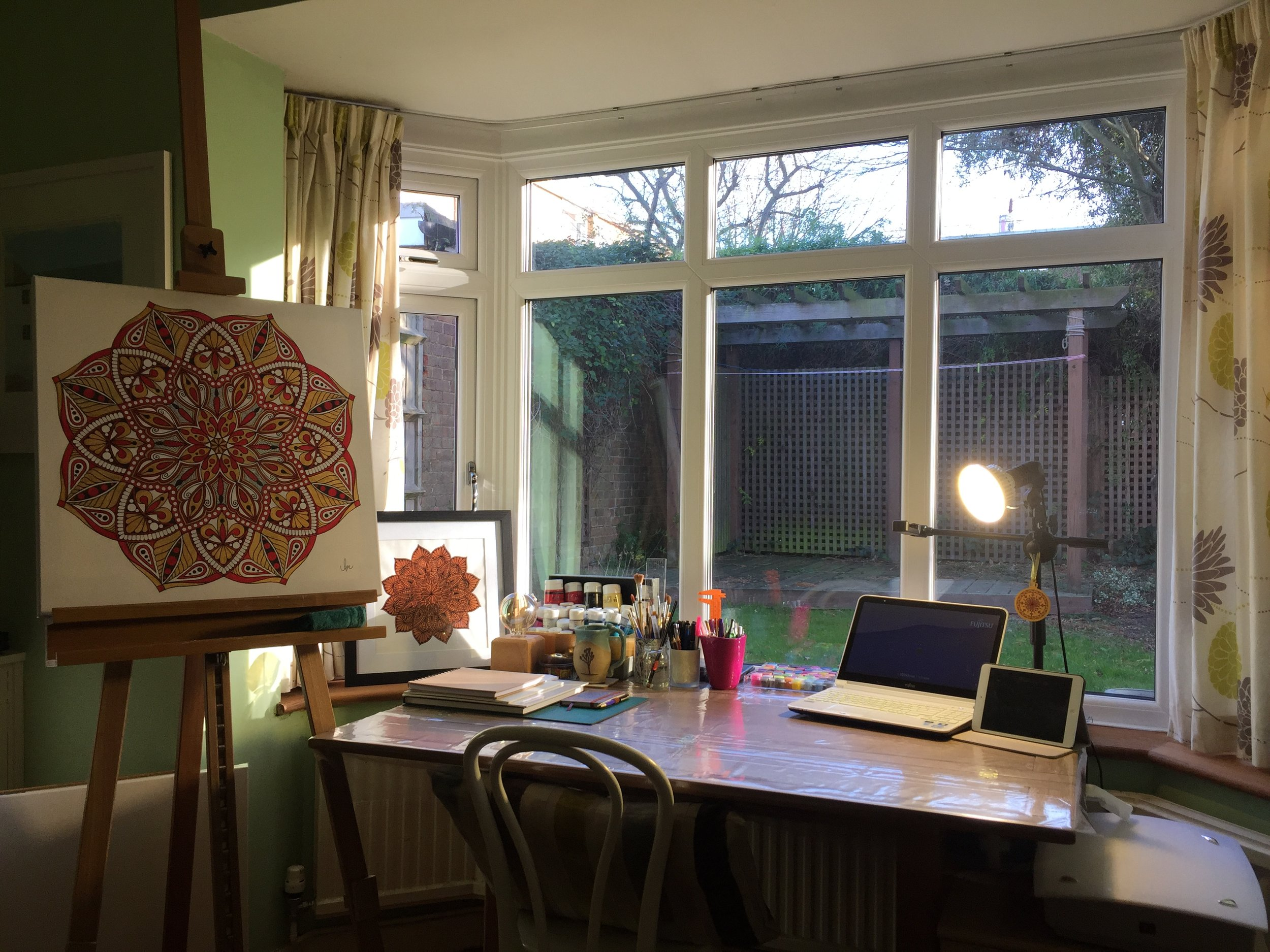 The artist's studio! Complete with views of squirrels, trees and neighbourhood kittys!