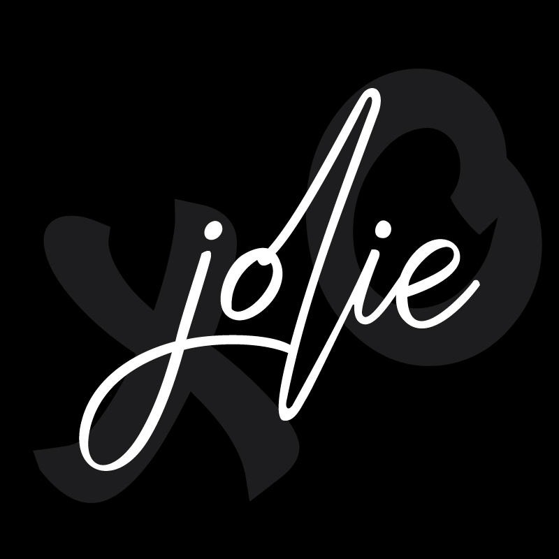 Sophisticated. Edgy. Jolie is arriving soon to Oakville. - Our upcoming project is a stunning new addition to Oakville. She's charming, sophisticated and brings a contemporary edge to this town. Find out more by registering below.