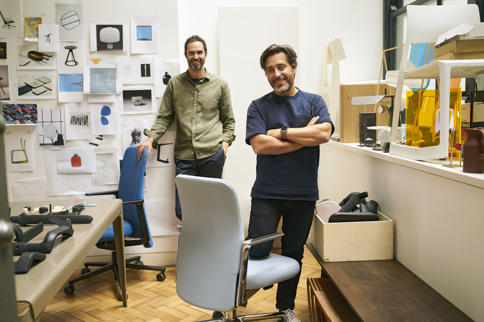 Edward Barber & Jay Osgerby Pacific Chair_1739941_master.jpg