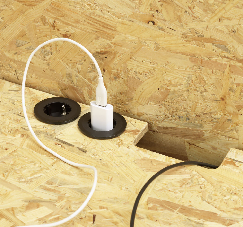 HACK on table electrification_1303055_preview.jpg