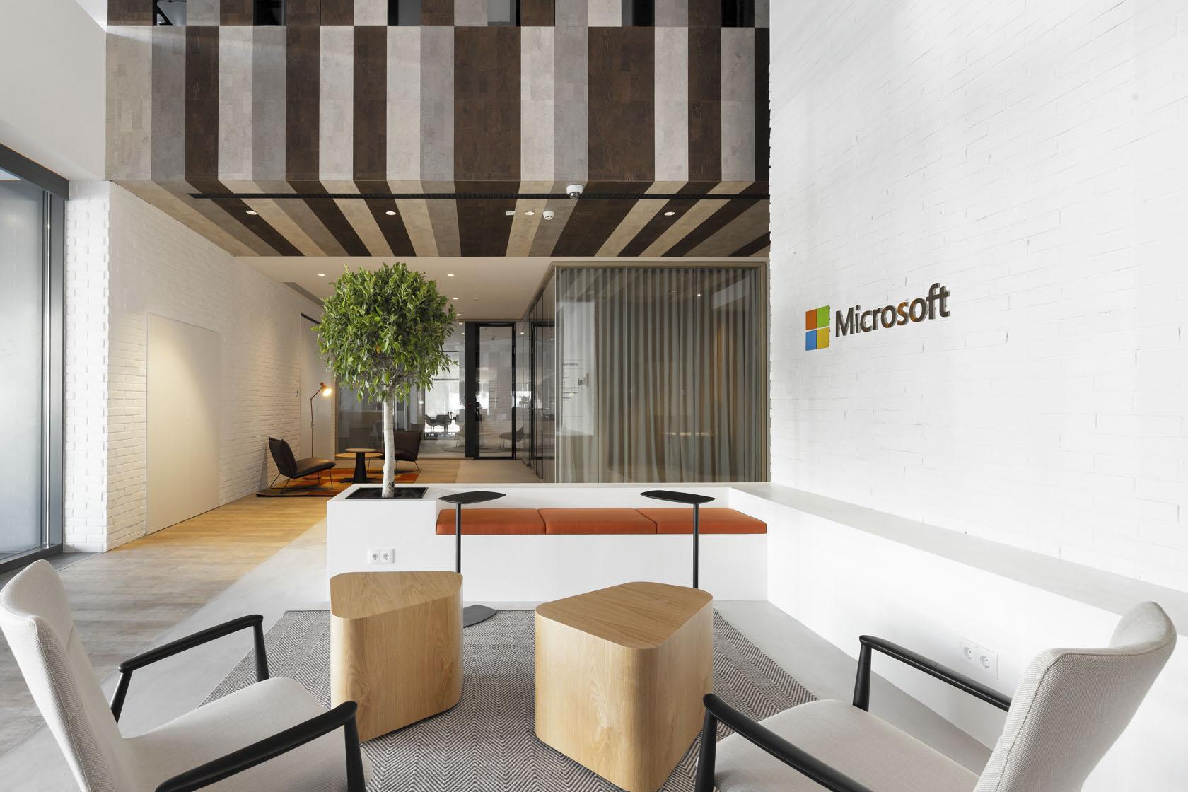 Microsoft_20190526_0180-4_copy_LR.jpg