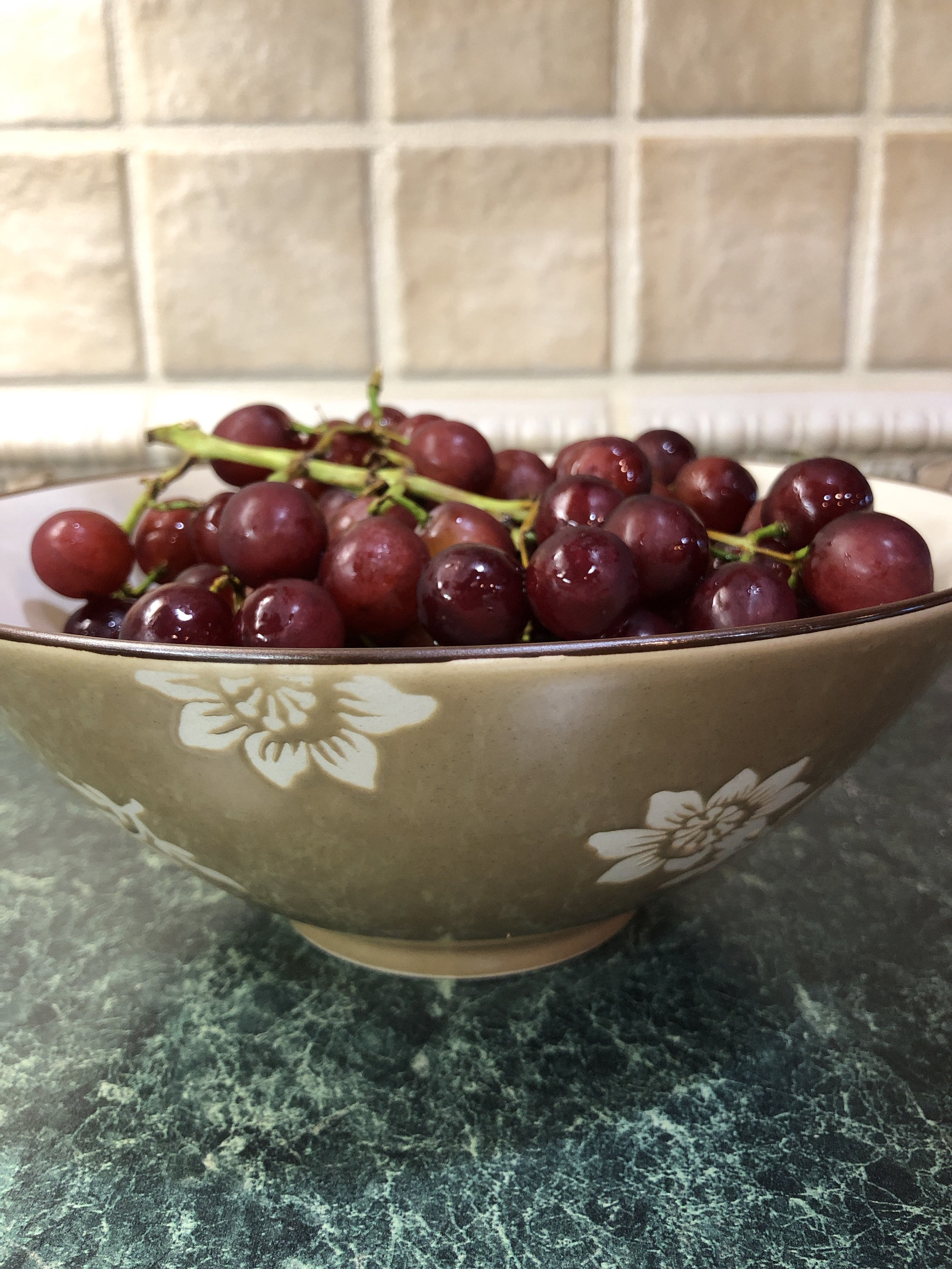 I love simple luxuries, like fresh fruit in a pretty bowl. Keeping a clean and tidy home is a simple luxury too!