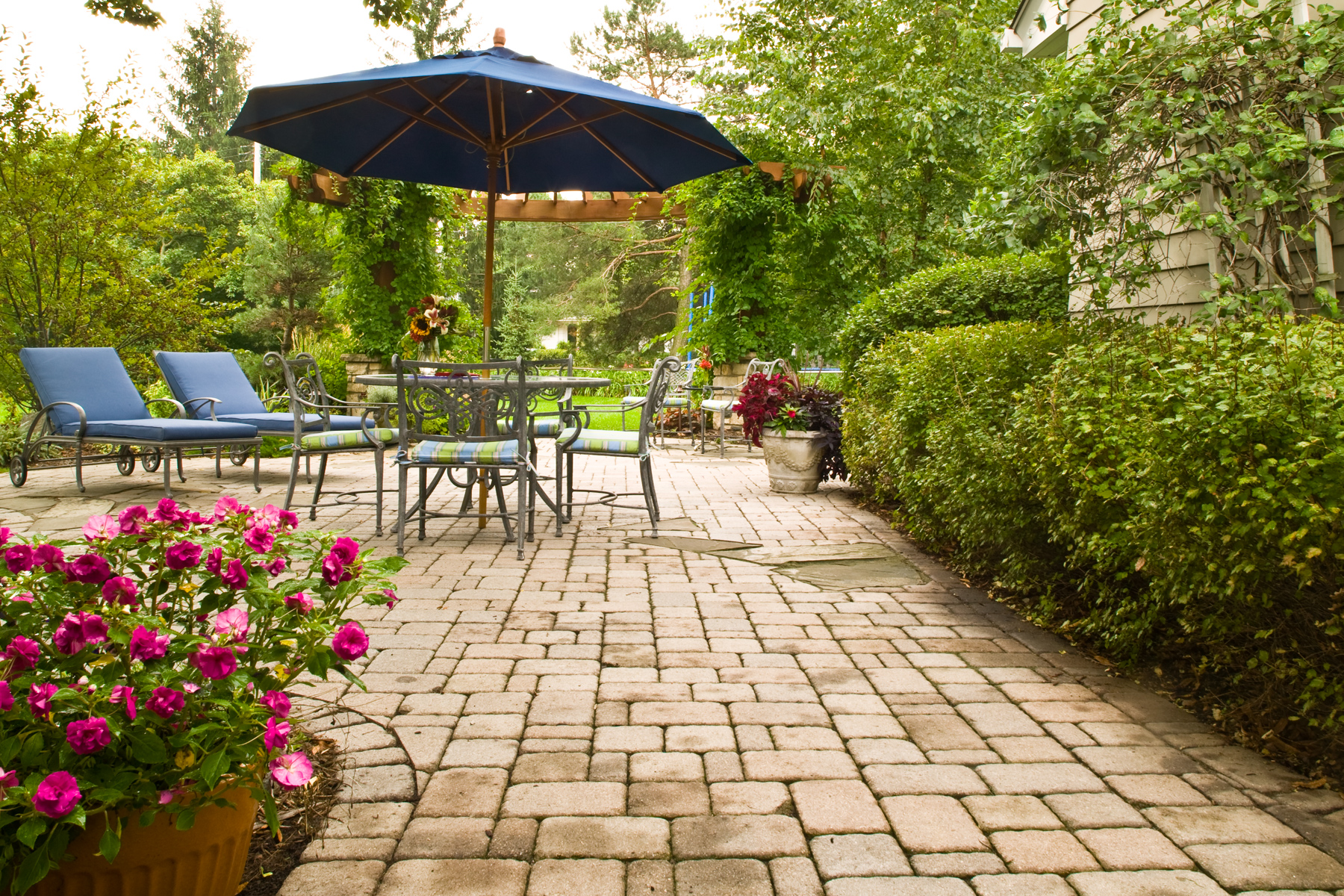 patio-tabor-plymouth.jpg
