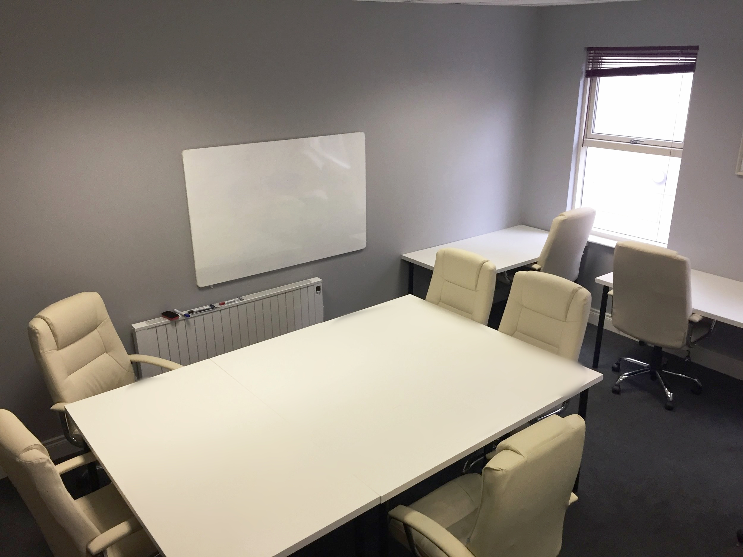PRIVATE TEAM ROOM - €1500 per month