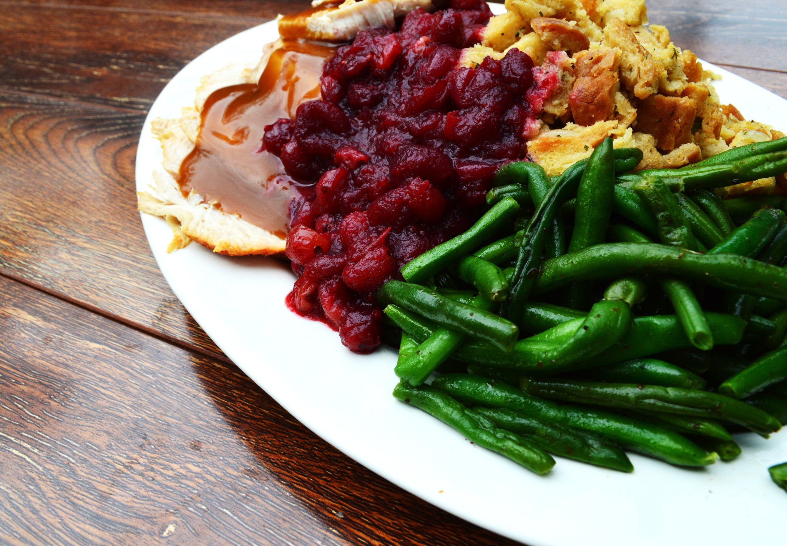Harvest - Everyone loves a home-cooked meal. Hearth aims to deliver just that. Featuring traditional favorite comfort foods, Hearth brings a taste of home to the table. The best part: you don't have to do the dishes!