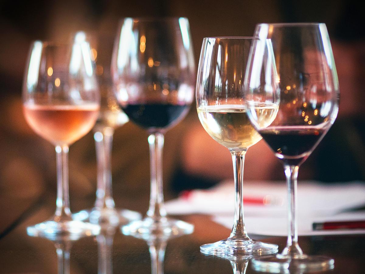 wine-glass-sizes-ft-blog1217.jpg