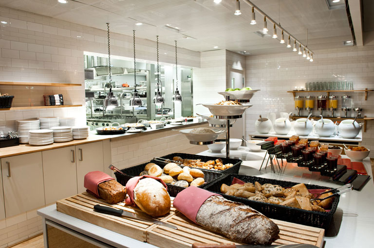 01-restaurantbar-03_11_orig.jpg