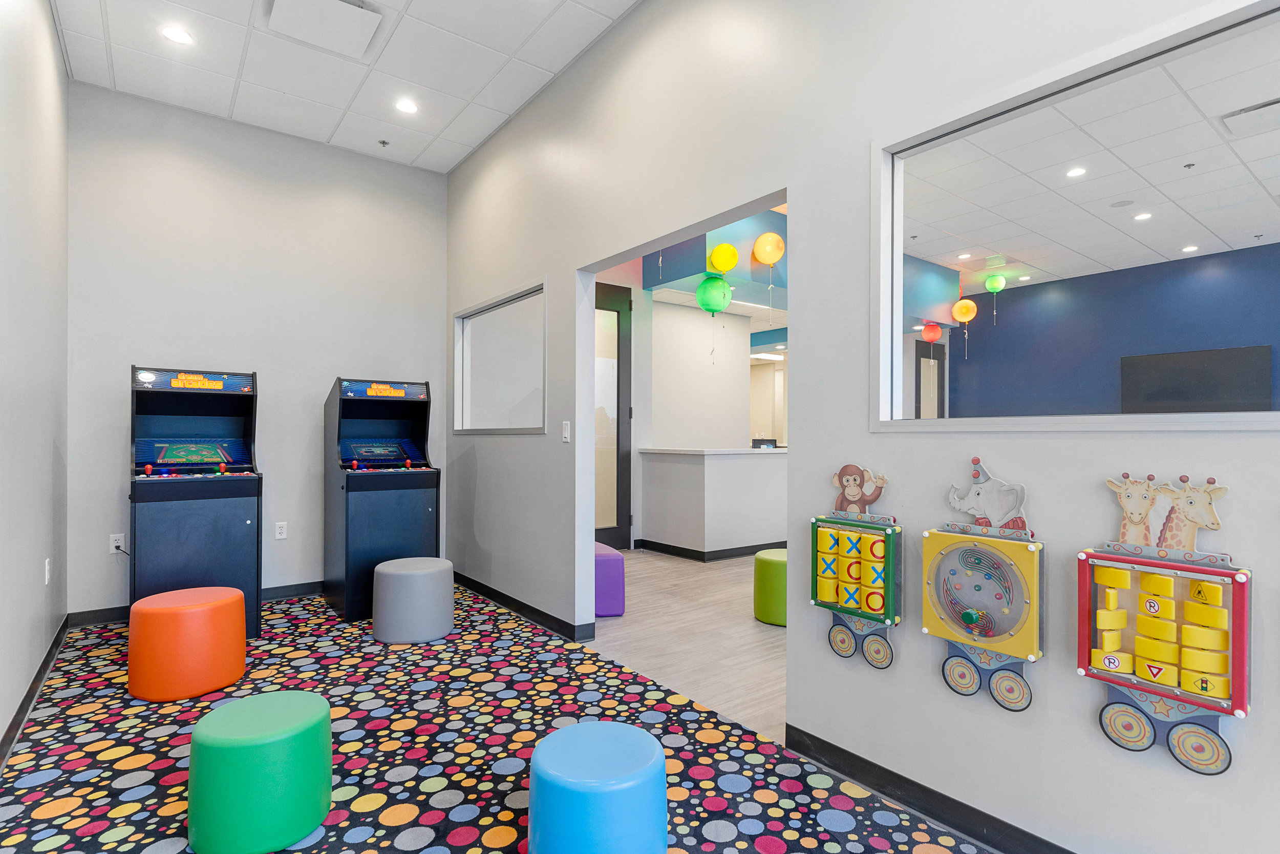 PEDIATRIC DENTIST PLAYROOM HOUSTON TEXAS 77022.jpg
