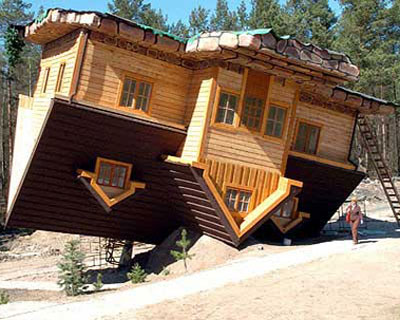 Upside-Down House, Poland.jpg