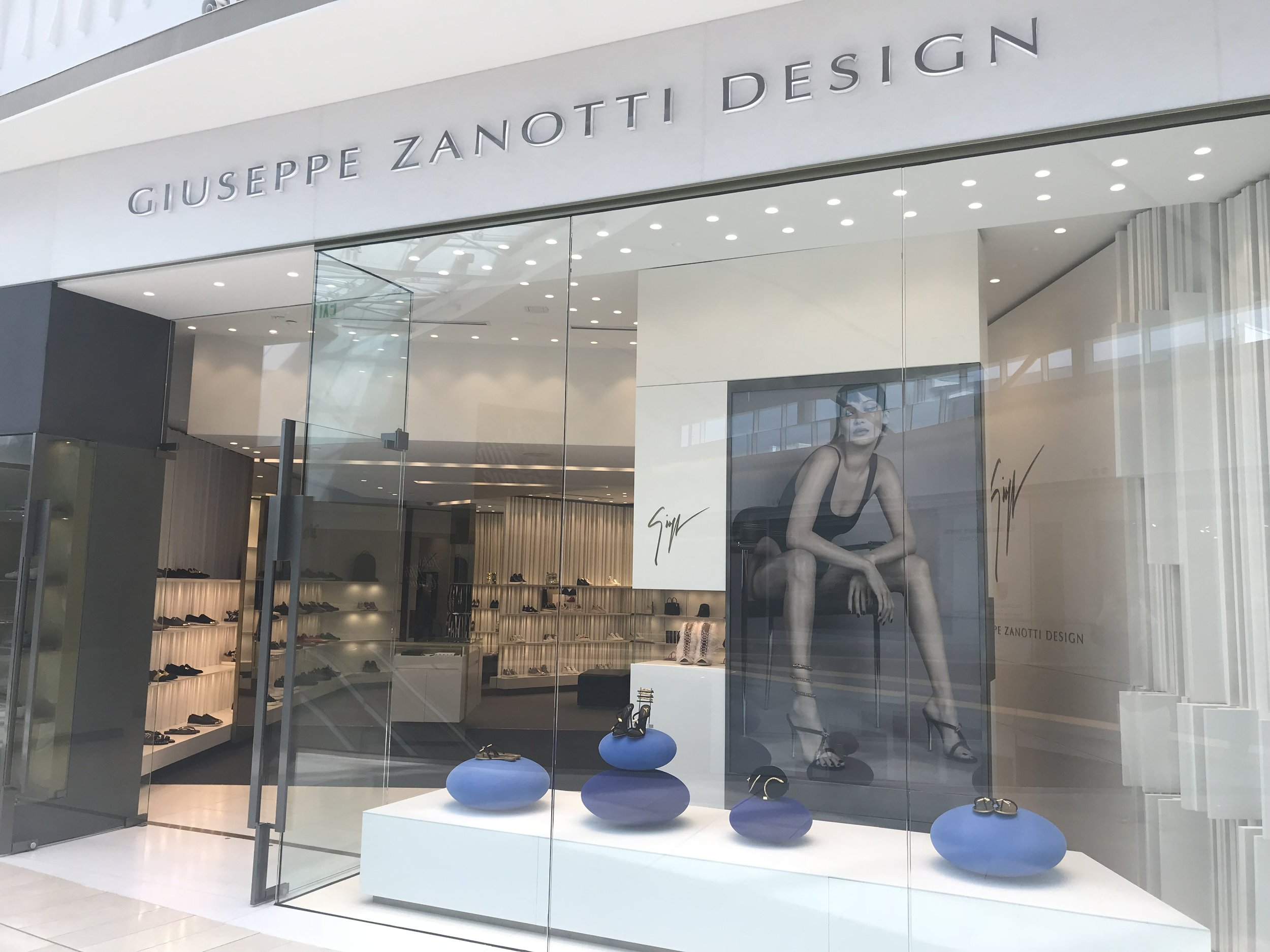 Welcome champagne at our Giuseppe Zanotti Design Store. - GWP with Purchase over $1,000. Delivery services if needed-Personal Delivery of GZ merchandise. Consignment services. Personal stylist from the GZ boutique - A knowledgeable employee who will provide the best styling advice for our VIP clients.