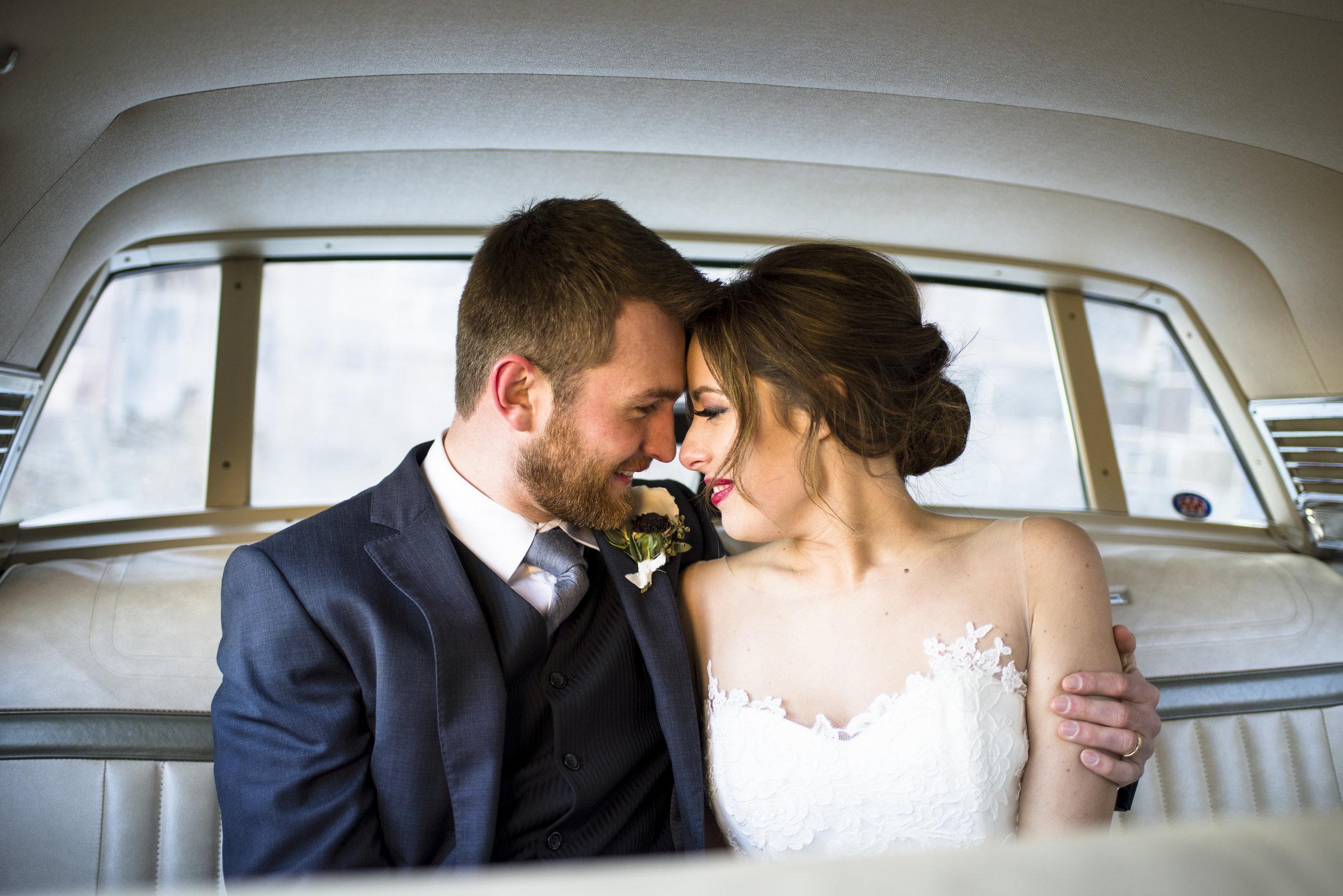 Wedding photos in old fashioned car